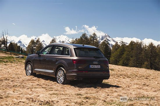 Audi Q7 rijtest en video